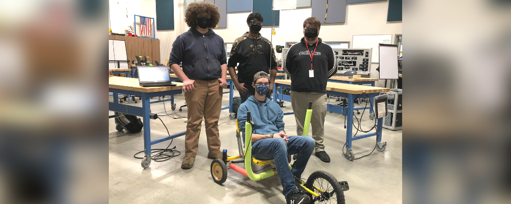 Engineering students design/build tricycles